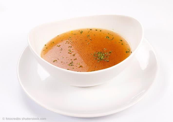 20191027-Kraftsuppe-klare-Suppe-Wechseljahre