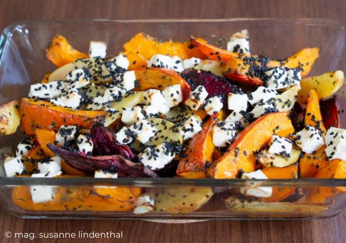 20210922-Mediterranes Herbstgemüse Ofengemüse mit Feta mit Kartoffeln